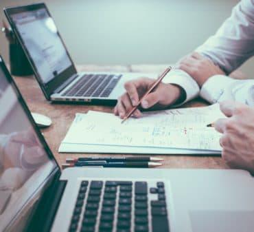 Оценка имущества и проведение сделки купли-продажи: какие документы нужны?